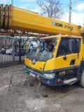 Стекло лобовое кабины водителя на  XCMG QY25K5 телефон 84997071017